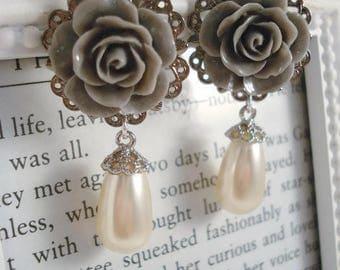Grey Rose Wedding Pearl Earrings Victorian Inspired Swarovski Crystal Pearls