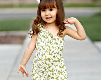 Holland Pillowcase Or Shoulder Romper  sizes 3M to - 6-8 Years  pdf pattern