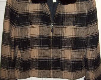 Jacket 12, Vintage Breeches Wool Plaid Jacket w Detachable Faux Fur Collar FANTASTIC ITEM Size medium or 12 see details