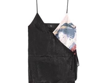 Lost in kyoto collection black japanese geisha print top