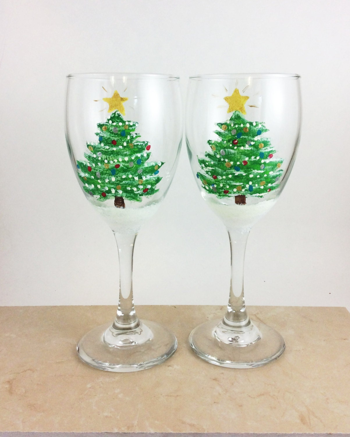 Christmas wine glass holiday wine glasses painted wine for Christmas glass painting