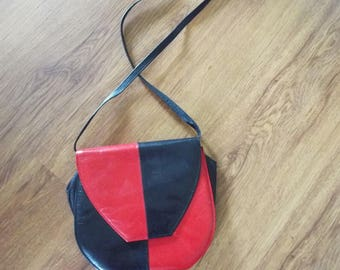 VINTAGE Van-Dal  Real Leather Red and Navy Shoulder Bag