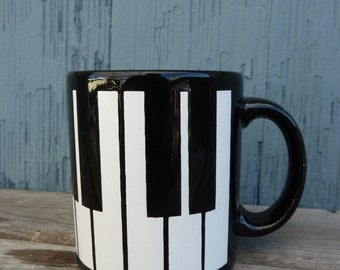 Black and White Piano Waechtersbach coffee mug, Made in West Germany, gift for piano teacher