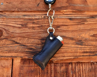 Leather Case Lighter, Pouch, Black, Anti-Lost Anti-Theft Super-Strong Retractable Steel Wrench Keychain skull pirate genuine leather
