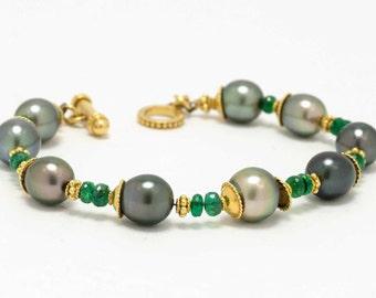 Natural Black Tahitian Pearl Emerald Bracelet High Luster 20kt Karat Gold Emeralds Pearls Toggle Etruscan Granulation Stackable Bracelets
