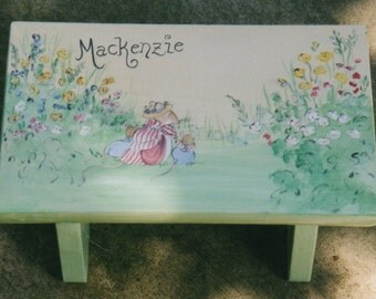 garder mice step stool, personalized kids step stools, hand painted kids stools