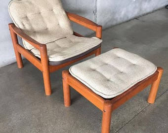 Domino Mobler Danish Mid Century Chair & Ottoman (JV3RB9)