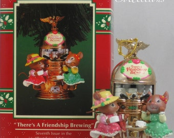 Enesco There's a Friendship A-Brewing Treasury of Christmas Ornament 7th in Best Friends Series Espresso Machine Karen Hahn Vintage Coffee
