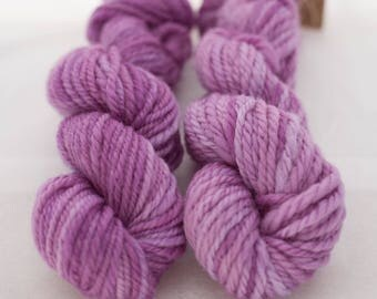 Lilac - handspun Australian Corriedale navajo - chain ply