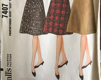 McCalls 7407 - 1960s Slightly Flared Skirt with Dart Fitting - Size Waist 23 Hip 32 OR Waist 26 Hip 36