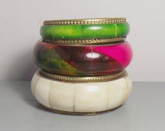 Set of Brass and Bone Bangles/Boho Bangles/Pink Bangle/Green Bangle/Colourful Indian Bangles/Boho Chic/Indian Jewellery Gift/Brass Bracelet