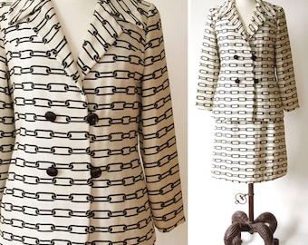 vintage 1960s ladies suit <> 1960s skirt and jacket in black and white <> 60s womens suit with chain link print