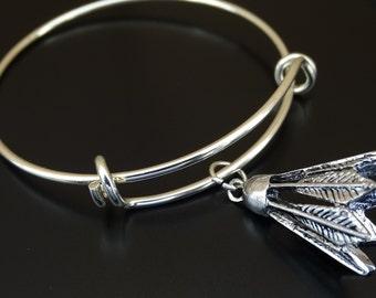 Badminton Bangle Bracelet, Adjustable Expandable Bangle Bracelet, Badminton Charm, Badminton Pendant, Badminton Jewelry, Birdie Bracelet