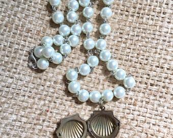 Seashell Locket, Locket Necklace, Seashell Necklace, Mermaid Necklace, Pink Shell Necklace, Mermaid Necklace, Seashell Jewelry