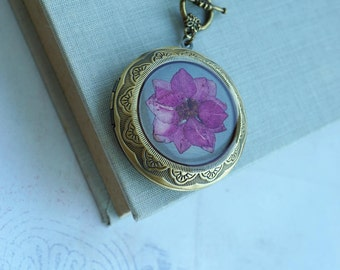Pink Dried Flower Locket Necklace Large Round Pendant Lacey Pressed Floral Resin Jewelry Rustic Jewelry Locket For Women Pink Dried Flowers