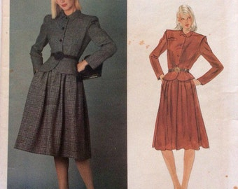 1980s Valentino fitted jacket and flared skirt Vogue 2566 Uncut vintage sewing pattern Designer Original series Bust 34 Waist 26 Hip 36