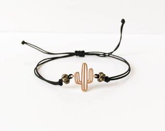 Bracelets porte bonheur cordons liens coulissants par bbsdeparis - Cactus porte bonheur ...