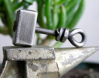 Thor Hammer Pendant Iron Hammer Thor Iron amulet Wrought iron Thor's Hammer Hand forged Necklace Scandinavian Norse Jewelry Pendant Nordic