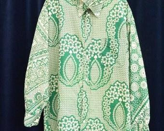 1970's shirt 70's Vintage white green floral Men's African wax print shirt long sleeve Dashiki Festival Folk Ethnic Boho Hippie XL / C