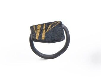 minimalist black ring, small black ring, minimalist black and gold ring, black ring, minimalist ring, black geometric ring, geometric ring