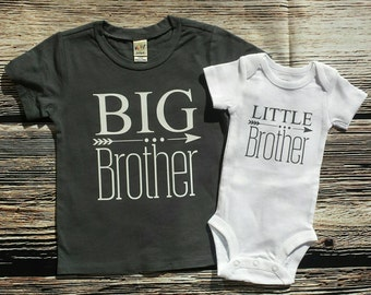 Big Brother/ Little sibling set, Big Brother shirt / little brother bodysuit, Big Brother shirt/ little sister bodysuit