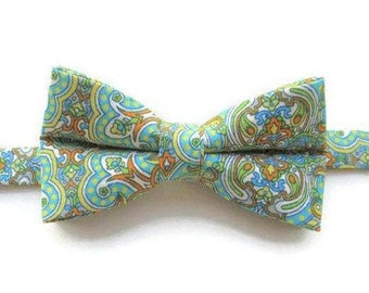 Mosaic Bow Tie - Boys Bow Tie - Bow Tie for Boys - Pre-tied Bow Tie - Stained Glass Bow Tie