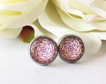 Silver Flower Earrings,Flower Pattern Earrings,Stud Earrings Glass Cabochon,Silver Round Earring,Flower Earrings ,Handmade Flora Jewelry