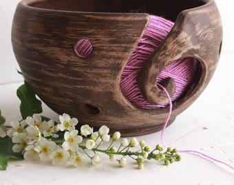 ceramic yarn bowl, stoneware, rustic pottery, pottery handmade, yarn bowl, knitting bowl, crochet bowl, gift for mum, pottery bowl