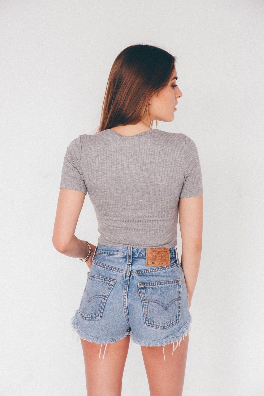 vintage levi high waisted denim cut off shorts sizes. Black Bedroom Furniture Sets. Home Design Ideas