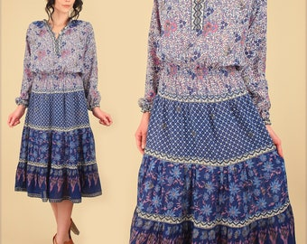 ViNtAgE 60's 70's Indian Cotton Dress // Bohemian Floral India Gypsy Peasant Hippie BoHo Festival Blue Dress S/M
