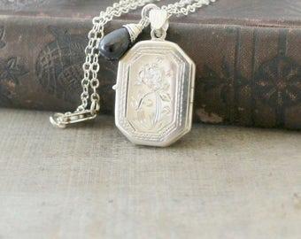 Sapphire Locket Necklace, Modern Locket, Sterling Silver Locket, September Birthstone Locket, Push Gift for Her, Silver Photo Locket Jewelry