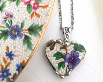 Ecofriendly recycled broken china jewelry pendant necklace antique chintz heart pendant made from recycled china