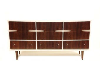 Vintage Mid Century Modern Dresser In White and Wood