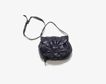 Vintage Mini Leather Bag / Mini Cross Body Purse / Leather Bucket Bag / Drawstring Purse / Black Leather Bucket Bag