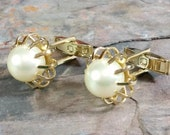 Dress Shirt Accessories Vintage Cufflinks White Pearl Cufflinks Gold Tone Metal Classy Single Large Faux Pearl in Each Cufflink Pat Pend