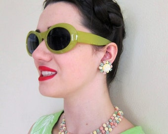 Vintage 1950s Demi-Parure Candy Colored Lucite Necklace and Clip Earrings Set / 50s Pastel Colored