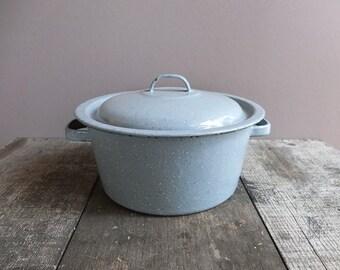 Vintage Enamel Pot with Lid / Enamelware Pot / Speckled Enamel Pot