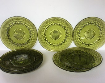Vintage Indiana Glass Park Lane Avacado Luncheon Plates / Colony Glass Green Plates / Retro Green Glass Luncheon Plates