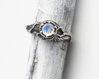 Rainbow Moonstone Ring, Nature Ring, Moonstone Engagement Ring, Sterling Silver Twigs, Branches Jewelry, Gem Stone