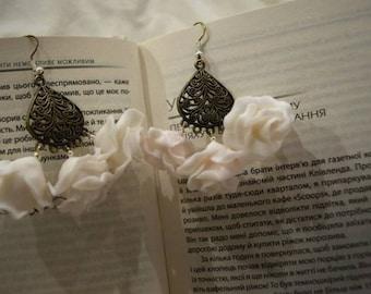 Handmade Polymer Clay Flower Earrings, White earrings, White flowers, Gift for her