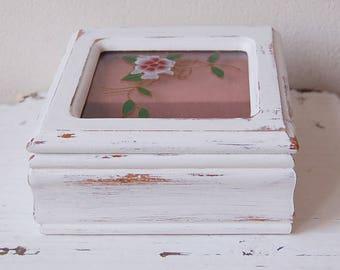 Shabby Chic Music Box Love Story Theme Jewelry box