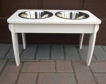 Waterproof dog feeder with removable top for easy cleaning