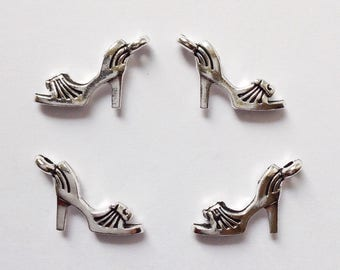 16912f26f1 Womens vintage high heel pumps shoes in 1 12 scale dollhouse ...