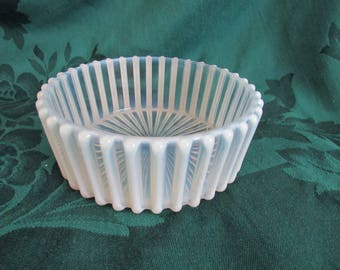 Ribbed Opalescent Glass Round Bowl