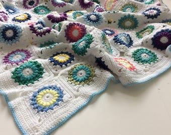 FREE DELIVERY Crochet baby blanket, toddler blanket, colorful blankie, handmade blanket, granny squares blanket, 100x80 cm