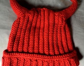 Devil horn hat - red