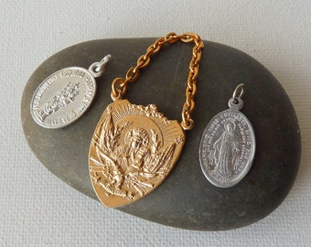 Vintage Mother of Jesus Pendant Medallions, Three Religious Pendants, Virgin Marry, Jesus, Christian Jewelry 60's, Christian Lot