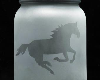 Solar Mason Jar Light (Hand Etched Galloping Horse)