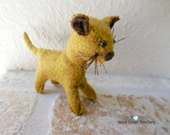 Small felt cat, handmade stuffed cat, kitten, soft toy, stuffed felt animal