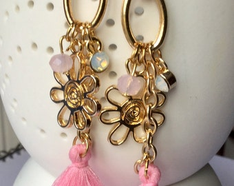 Pink and gold earring, with Swarovski crystals, earrings pink and golden ears and charm, av